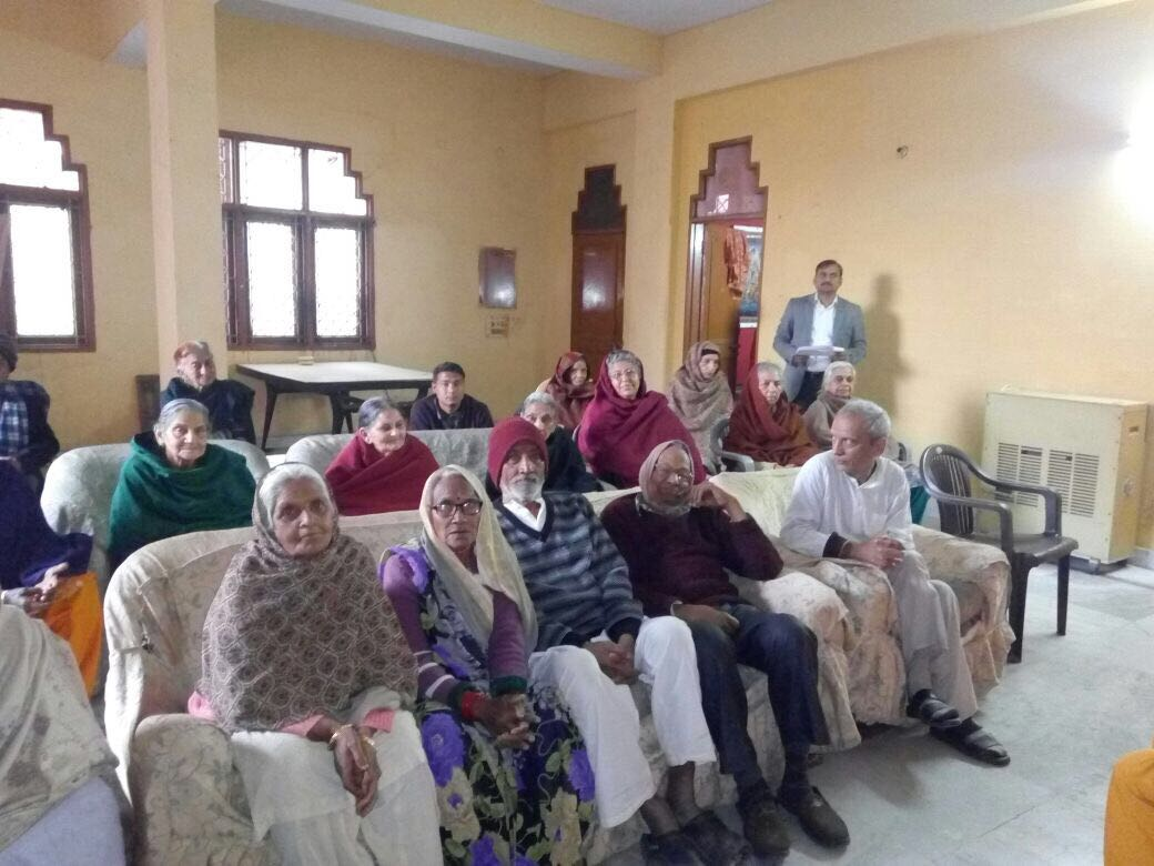 Legal Awareness Programme on benefits to senior citizens (4)