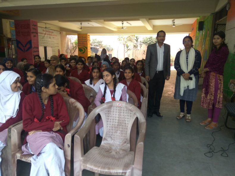 "Central DLSA organised a Legal Literacy Class for 9th and 10th class students on the topic of ""Domestic Violence at Govt. Girls Senior Secondary, Lambi Gali Hauz Qazi, Delhi  Ld. Resource person for the abovesaid programmer was Mr. Parveen Aggarwal, Panel Advocate Central DLSA"
