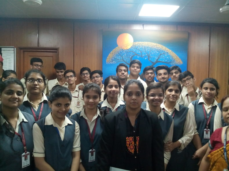 East DLSA organized a visit of students from St. Thomas Public School, Indrapura, Ghaziabad, UP to observe proceedings of Karkardooma Courts on 29.07.2017.  This was a nice Educational Trip for them. They watched proceedings of Courts of Metropolitan Magistrates, Sessions Judges, Additional District Judge, Additional Sessions Judge, Mediation, Front Office of DLSA East. The students were interacted with Ld. Judges Ld. Secretary & replied their Queries satisfactorily.   This was a reality check for the students as they had perceived a different concept of Courts as shown in pictures which could be changed through this visit only. The students remarked that an inquisitiveness to know about working of Justice system in our country had developed by this visit.