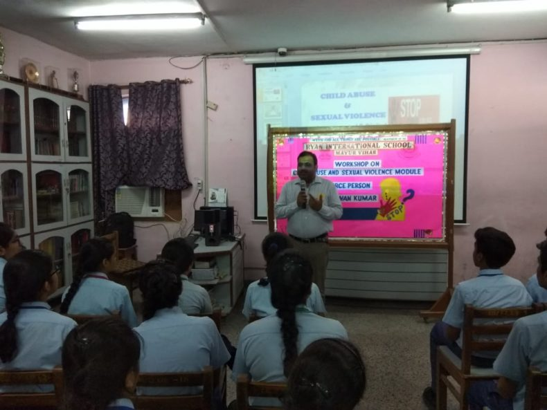 "In compliance of directions of DSLSA, DLSA (East) in association with District Education Authorities organised an Awareness-cum-Sensitization Programme at ""RYAN INTERNATIONAL SCHOOL"", MAYUR VIHAR PHASE-III, OPP. PANKAJ PLAZA  for the students of the school on ""Sexual Violence Module"" on 18.07.2018.  Sh. Pawan Kumar, Secretary (DLSA)/East was the Resource Person for the programme who addressed a big number of  students through lectures, PPTs, Videos etc. and had interaction with them."