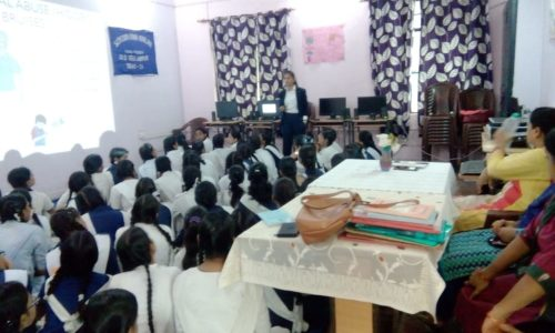 "In compliance of directions of DSLSA, DLSA (East) in association with District Education Authorities organised an Awareness-cum-Sensitization Programme at ""SKV, Old  Seelampur Delhi-31 for the students of the school on ""Sexual  Violence  Module"" on 18.08.2018.  Ms. Sonal Chauhan (DLSA)/East was the Resource Person for the programme who addressed a big number of  students through lectures, PPTs, Videos etc. and had interaction with them."