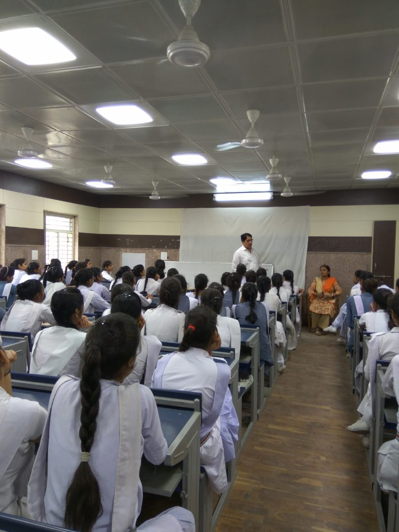 North DLSA, Rohini Courts organized a Legal Literacy Programme at Sarvodya Kanya Vidyalya, Block-CU, Shalimar Bagh,Delhi.