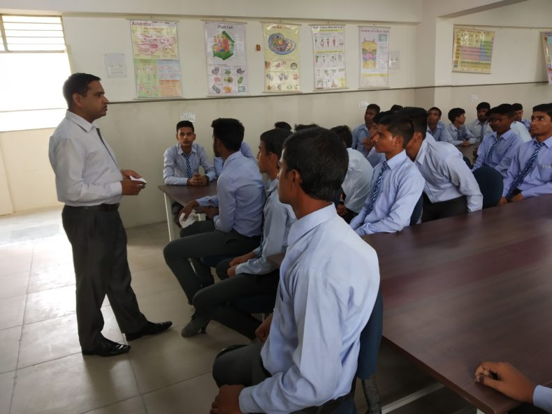 DLSA, Rohini Courts organized a Legal Literacy Programme  at Government Boys Senior Secondary School Magzine Road,Delhi