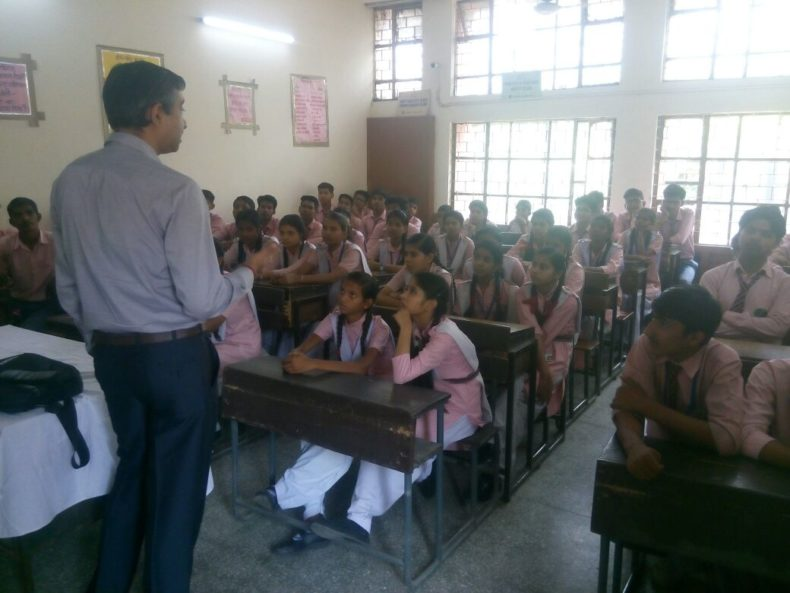 Visit of Students of Kerela School on 10.05 2018 to Patiala House by Ms. Deepika Sachdeva LAC as a Resource Person.