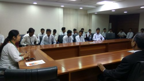 DLSA, SOUTH-EAST ORGANISED A VISIT OF SCHOOL STUDENTS FROM SBV, NO-1, ID 1925009 (Molar Band)  on 10.08.2017 ON SAKET COURTS COMPLEX NEW DELHI.