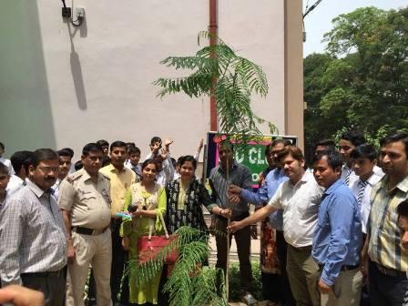 South East-DLSA participated in Plantation of saplings at Shaheed Hemu Kalani Sarvodya Bal Vidyalaya, Lajpat Nagar on 07.05.2018