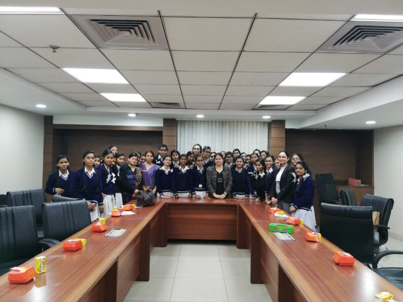 South-East Dlsa invited students from SKV, School (ID 1925003), New Friends Colony to Saket Courts on 01.12.2018.