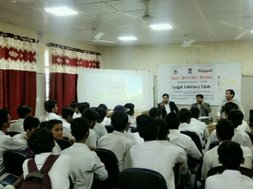 DLSA(SE) conducted Legal Literacy Classes Programme at School namely GBSSS, (1925050), Molarband, New Delhi, On 30th November, 2018