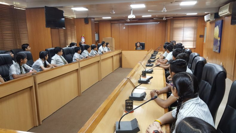 A visit of Students of Sidharth International Public School, Pocket-B, Facility Centre, Gurudwara Road, Delhi was convened by DLSA Shahdara on 15.05.2018