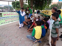"Legal Awareness Programme on the topic ""Rights of Children to free and Compullsory Education Act, 2009"" at Near Anand Vihar Bus Stand, Anand Vihar, Delhi on 30.08.2018."