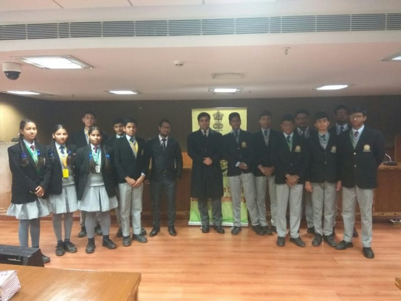 Students of Mata Bhati Devi Public School, Shyam Vihar, Deenpur, Najafgarh, New Delhi visited Dwarka Courts on 22-12-2017