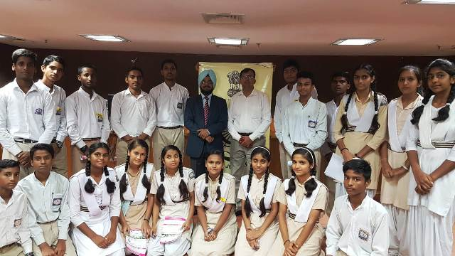 Visit of school students to Police Station and Dwarka Courts on 24.07.2018