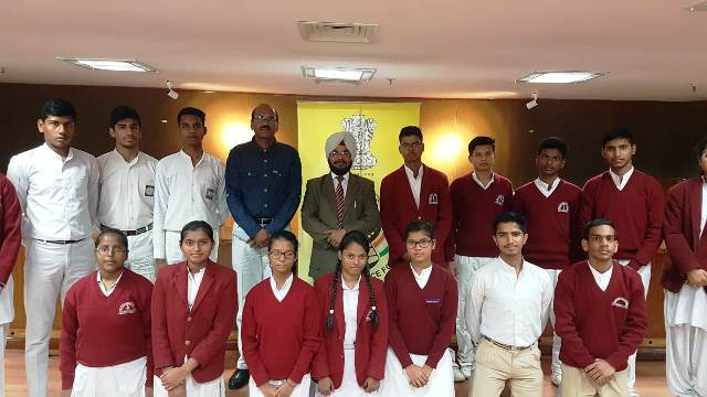 Visit of School Students to Dwarka Courts