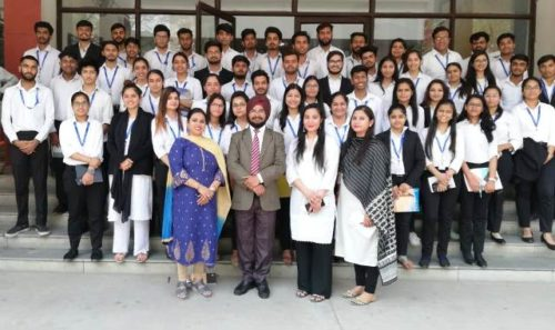 Visit of students of Trinity Institute of Professional studies to Dwarka Courts